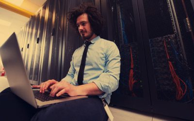 ¿Qué es un hosting en informática?